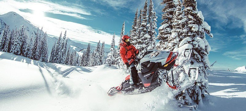 2021 Ski-Doo Summit X 154 850 E-TEC ES PowderMax Light FlexEdge 2.5 LAC in Land O Lakes, Wisconsin - Photo 4