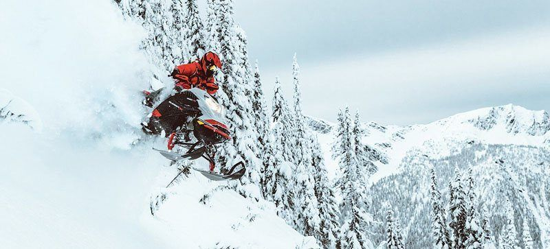 2021 Ski-Doo Summit X 165 850 E-TEC ES PowderMax Light FlexEdge 2.5 LAC in Bozeman, Montana - Photo 4