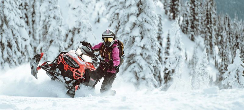 2021 Ski-Doo Summit X Expert 154 850 E-TEC SHOT PowderMax Light FlexEdge 3.0 LAC in Honeyville, Utah - Photo 8