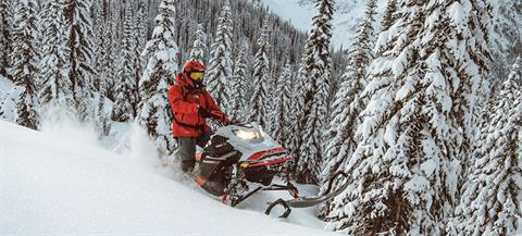 2021 Ski-Doo Summit X Expert 154 850 E-TEC Turbo SHOT PowderMax Light FlexEdge 2.5 in Montrose, Pennsylvania - Photo 13