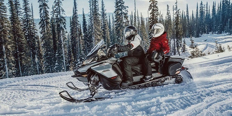 2021 Ski-Doo Grand Touring Limited 600R E-TEC ES Silent Track II 1.25 in Sacramento, California - Photo 3