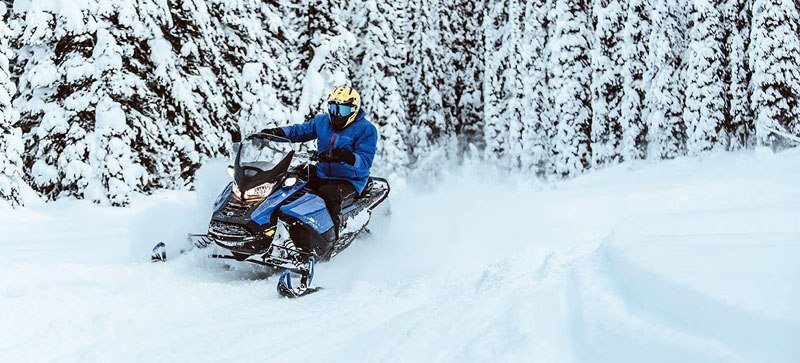 2021 Ski-Doo Renegade X 900 ACE Turbo ES w/ Adj. Pkg, RipSaw 1.25 in Land O Lakes, Wisconsin - Photo 19