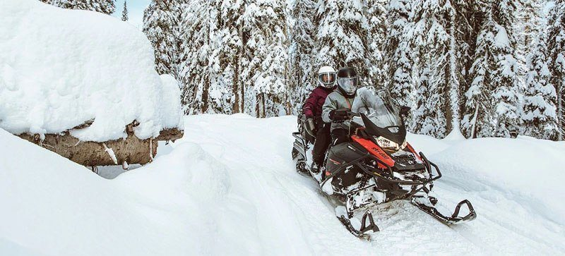 2021 Ski-Doo Expedition SE 600R E-TEC ES Silent Ice Cobra WT 1.5 in Derby, Vermont - Photo 6