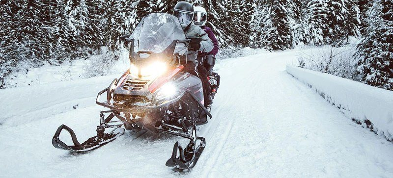 2021 Ski-Doo Expedition SE 600R E-TEC ES Silent Ice Cobra WT 1.5 in Derby, Vermont - Photo 7