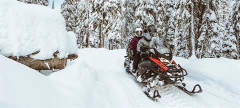 2021 Ski-Doo Expedition SE 600R E-TEC ES Silent Ice Cobra WT 1.5 w/ Premium Color Display in Augusta, Maine - Photo 6