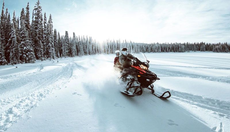 2021 Ski-Doo Expedition SE 600R E-TEC ES Silent Ice Cobra WT 1.5 w/ Premium Color Display in Speculator, New York - Photo 9