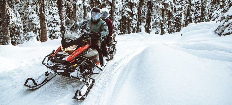 2021 Ski-Doo Expedition SE 600R E-TEC ES Silent Ice Cobra WT 1.5 w/ Premium Color Display in Augusta, Maine - Photo 10