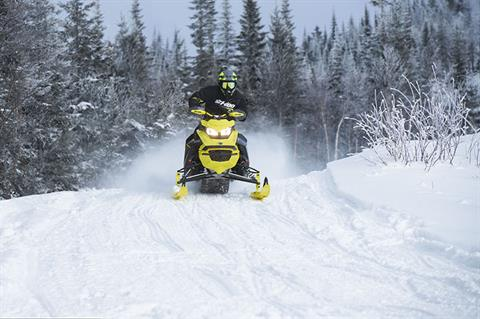 2022 Ski-Doo Renegade X-RS 600 E-TEC w/ Competition pkg. Ripsaw II 1.25 M.S. in Colebrook, New Hampshire - Photo 5