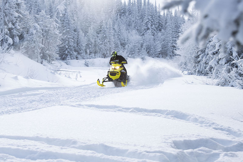 2022 Ski-Doo Renegade X-RS 600 E-TEC w/ Competition pkg. Ripsaw II 1.25 M.S. in Colebrook, New Hampshire - Photo 6