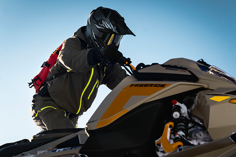 2022 Ski-Doo Freeride 154 850 E-TEC ES PowderMax Light 2.5 w/ FlexEdge LAC in Cohoes, New York - Photo 6