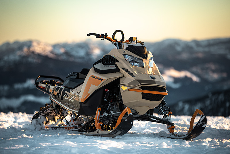2022 Ski-Doo Freeride 154 850 E-TEC Turbo SHOT PowderMax Light 2.5 w/ FlexEdge in Honeyville, Utah - Photo 17