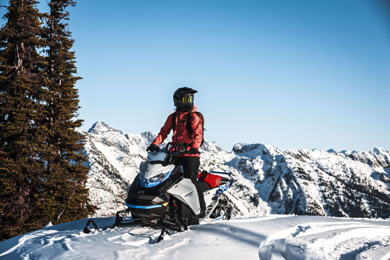 2022 Ski-Doo Summit Edge 154 850 E-TEC SHOT PowderMax Light 2.5 w/ FlexEdge in Bozeman, Montana - Photo 8