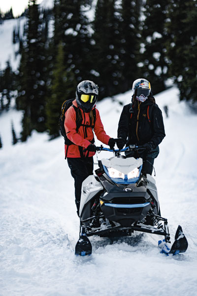 2022 Ski-Doo Summit Edge 154 850 E-TEC SHOT PowderMax Light 2.5 w/ FlexEdge in Derby, Vermont - Photo 19