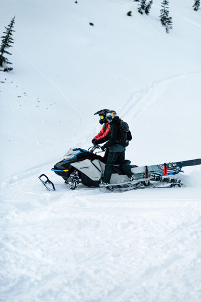 2022 Ski-Doo Summit Edge 154 850 E-TEC SHOT PowderMax Light 2.5 w/ FlexEdge in Derby, Vermont - Photo 20