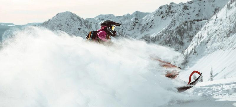 2021 Ski-Doo Summit X Expert 165 850 E-TEC SHOT PowderMax Light FlexEdge 3.0 LAC in Honeyville, Utah - Photo 4