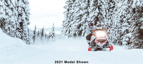 2022 Ski-Doo Backcountry 600R E-TEC ES Cobra 1.6 in Saint Johnsbury, Vermont - Photo 2