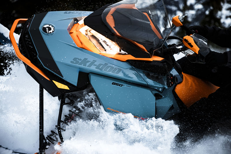 2022 Ski-Doo Backcountry X 850 E-TEC ES Cobra 1.6 w/ Premium Color Display in Waterbury, Connecticut - Photo 5