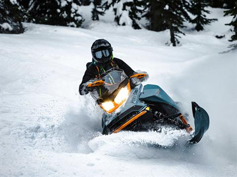 2022 Ski-Doo Backcountry X 850 E-TEC ES PowderMax 2.0 w/ Premium Color Display in Butte, Montana - Photo 3