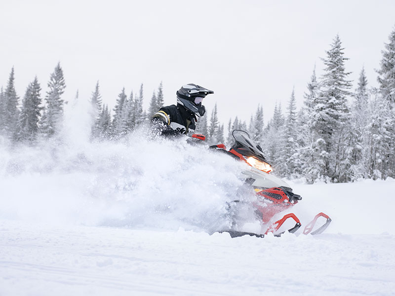2022 Ski-Doo MXZ X 600R E-TEC ES RipSaw 1.25 in Huron, Ohio - Photo 4