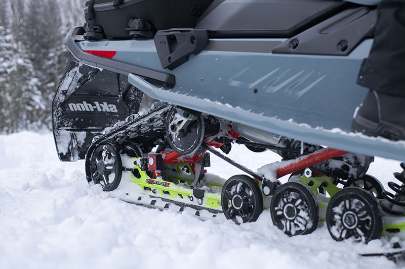 2022 Ski-Doo Renegade Enduro 600R E-TEC ES Ice Ripper XT 1.25 in Evanston, Wyoming - Photo 5