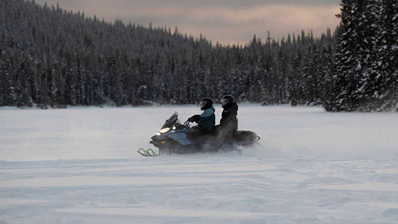 2022 Ski-Doo Renegade X 600R E-TEC ES Ripsaw 1.25 in Pinehurst, Idaho - Photo 4