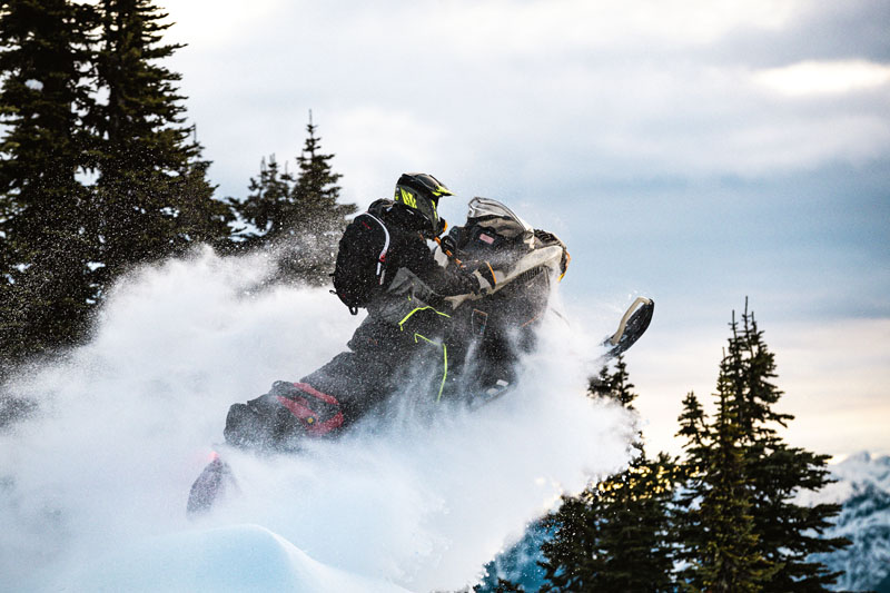 2022 Ski-Doo Expedition SE 600R E-TEC ES Silent Ice Cobra WT 1.5 in Presque Isle, Maine - Photo 4
