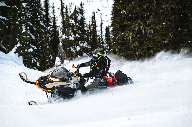 2022 Ski-Doo Expedition SE 900 ACE Turbo 150 ES Silent Ice Cobra WT 1.5 in Speculator, New York - Photo 7