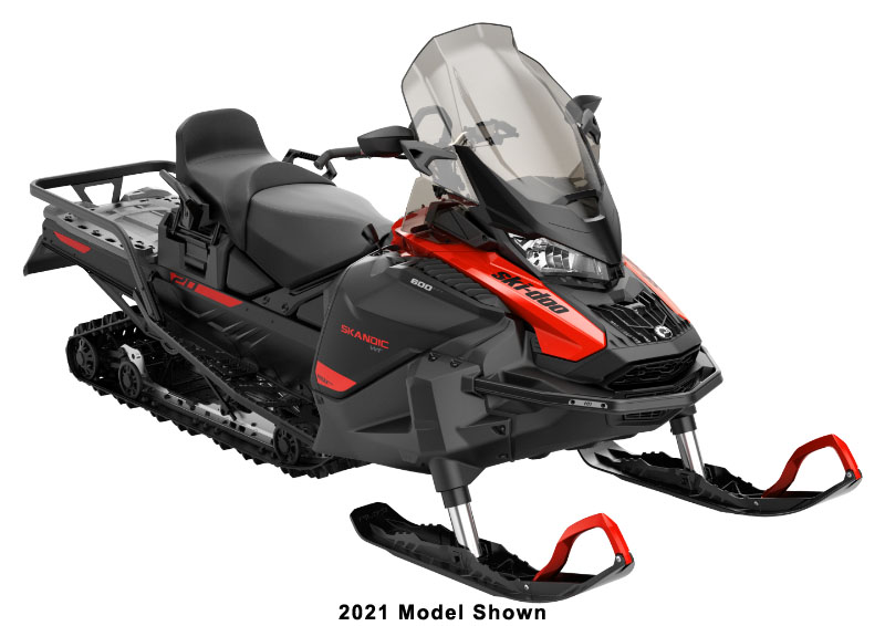 2022 Ski-Doo Skandic WT 600 EFI ES Cobra WT 1.5 in Lancaster, New Hampshire - Photo 1