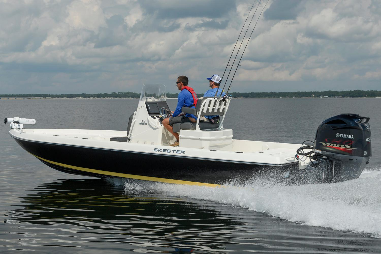 2018 Skeeter SX 230 in Superior, Wisconsin