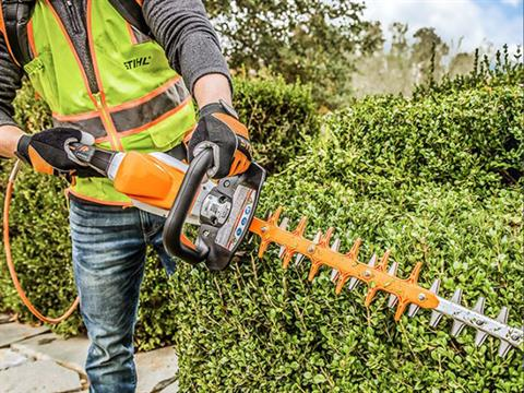 Stihl HSA 94 R in Kerrville, Texas - Photo 5