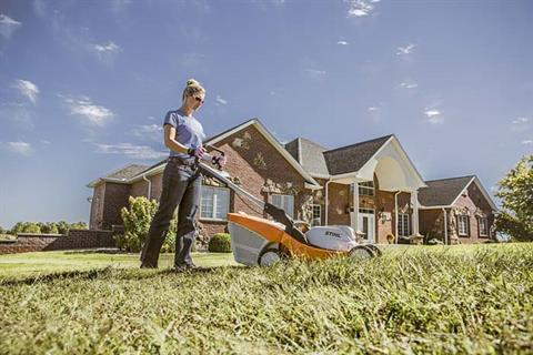 Stihl RMA 410 C Lawn Mower in Fairbanks, Alaska - Photo 2
