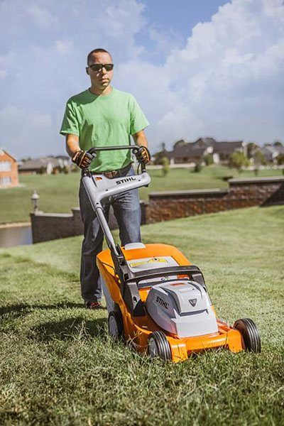 Stihl RMA 410 C Lawn Mower in Fairbanks, Alaska - Photo 3