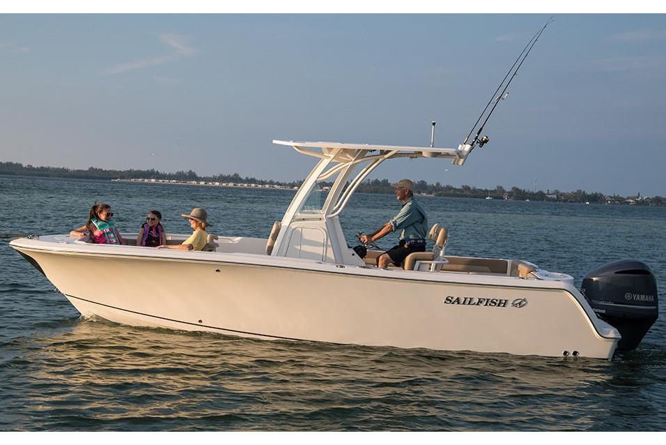 2019 Sailfish 241 CC in Holiday, Florida - Photo 3