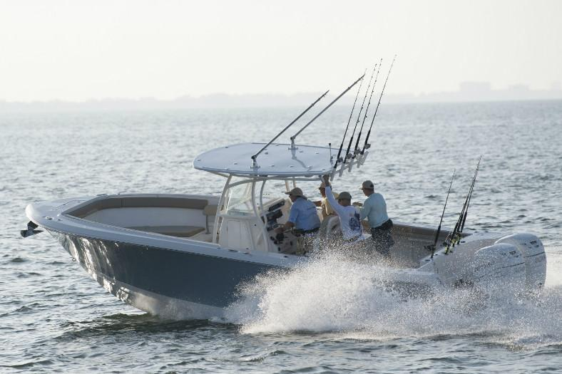 2019 Sailfish 320 CC in Holiday, Florida - Photo 2