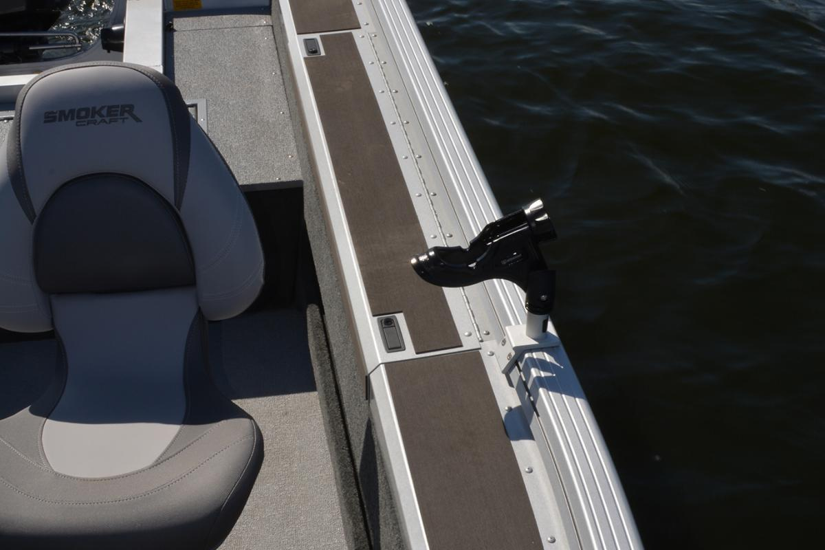 2019 Smoker Craft 172 Pro Angler XL in Madera, California - Photo 7