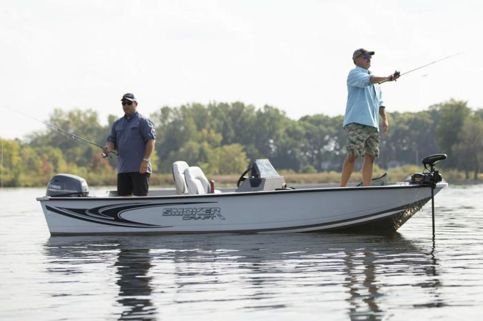 2019 Smoker Craft ANGLER 16 XL SC in Madera, California
