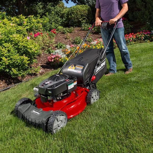 New 2018 Snapper SP Series Self Propelled Lawn Mowers (SP100