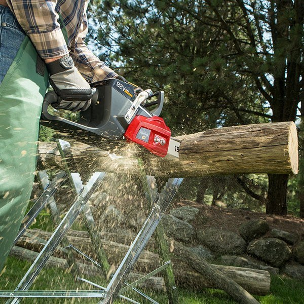 Snapper 82V Max Cordless Chainsaw (SXDCS82) in Lafayette, Indiana - Photo 4