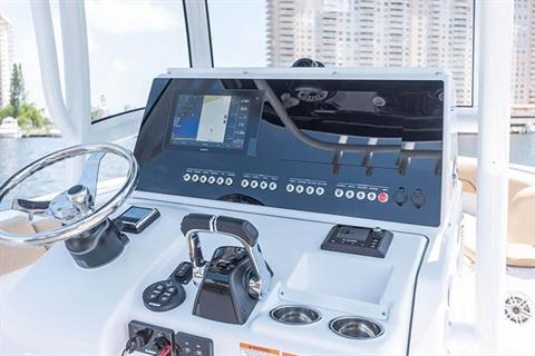 2019 Sportsman Heritage 251 Center Console in Lake City, Florida - Photo 8