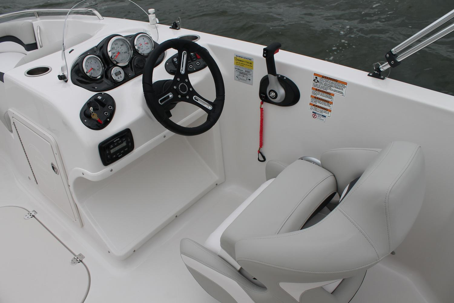 2017 Starcraft Limited 2000 OB in Holiday, Florida