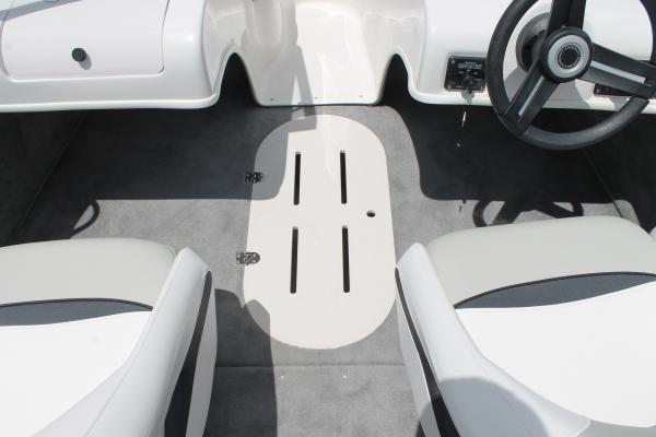 2019 Starcraft Limited Runabout 172 OB Sport in Littleton, New Hampshire - Photo 9