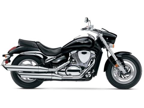 2014 Suzuki Boulevard M50 in Francis Creek, Wisconsin