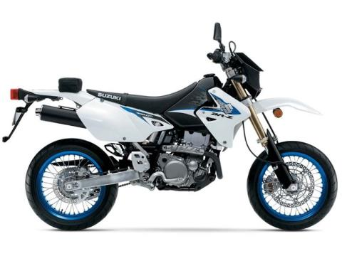 2014 Suzuki DR-Z400SM in Francis Creek, Wisconsin