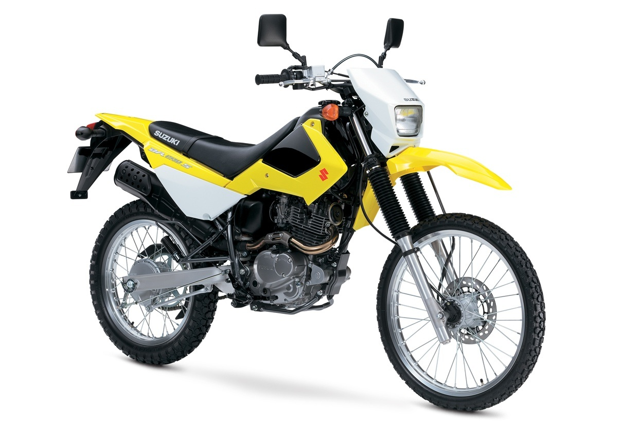 2016 Suzuki DR200S in Carol Stream, Illinois