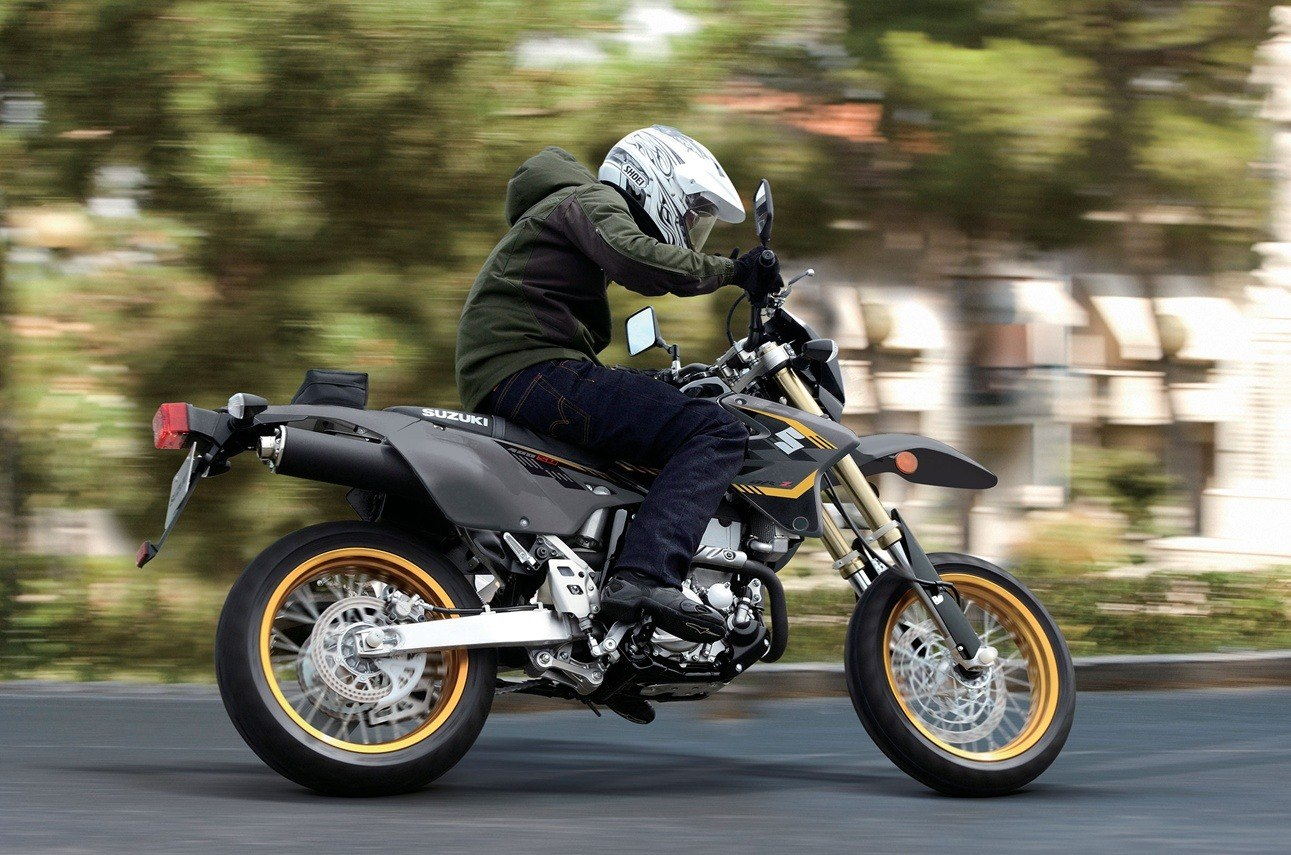 2016 Suzuki DR-Z400SM in Van Nuys, California