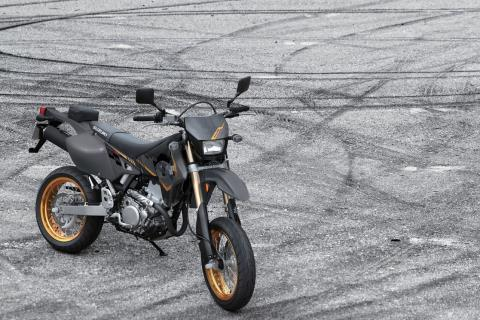 2016 Suzuki DR-Z400SM in Mineola, New York