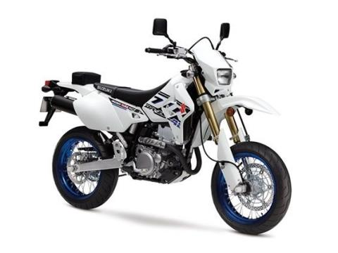 2017 Suzuki DR-Z400SM in Phillipston, Massachusetts