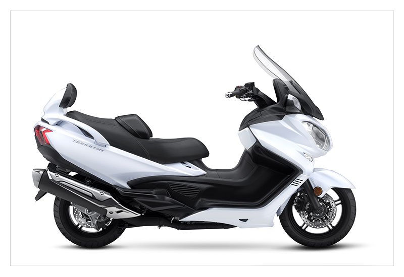 new 2018 suzuki burgman 650 executive scooters in kaukauna wi pearl glacier white. Black Bedroom Furniture Sets. Home Design Ideas