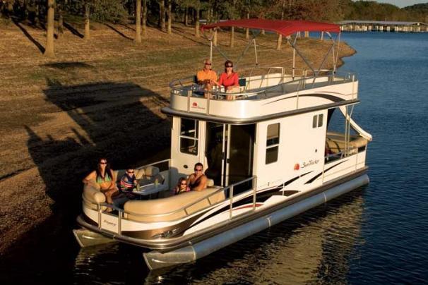 New 2009 Sun Tracker Party Cruiser 32 I O Regency Edition