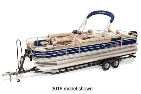 2017 Sun Tracker Fishin' Barge 24 DLX in Holiday, Florida